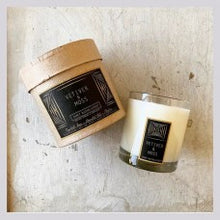 Load image into Gallery viewer, Vetiver & Moss Black Label Rustic Candle