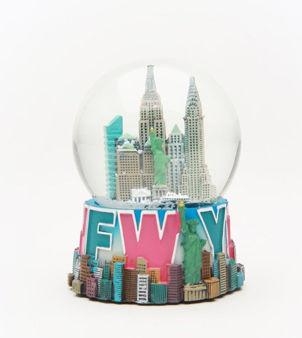 Stencil Design New York City Souvenir Snow Globe 65mm