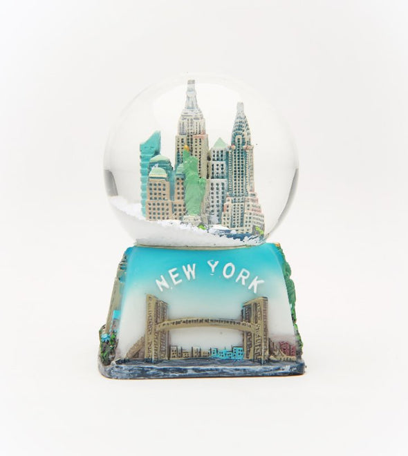 45mm Square Based New York Snow Globe