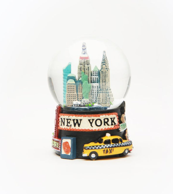 Broadway New York Souvenir Snowglobe 45mm