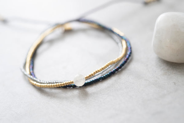 Duurzame sieraden | A beautiful Story Bloom Moonstone Gold Bracelet