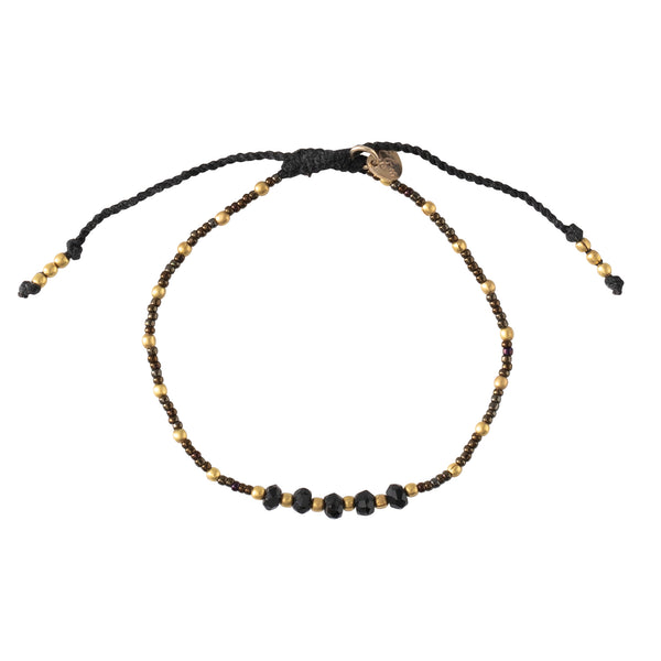 Duurzame sieraden | A Beautiful Story Family Black Onyx Gold Bracelet