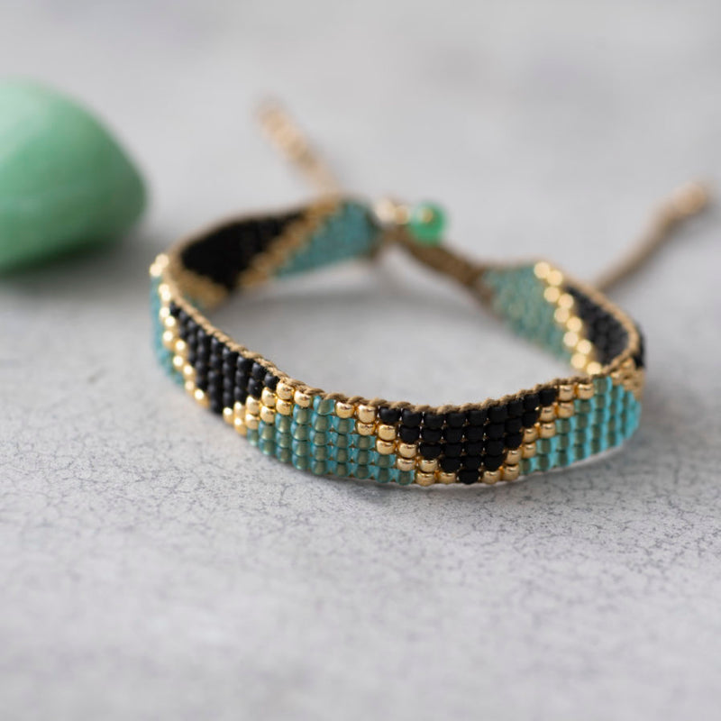 A Beautiful Story Flare Aventurine Gold Bracelet