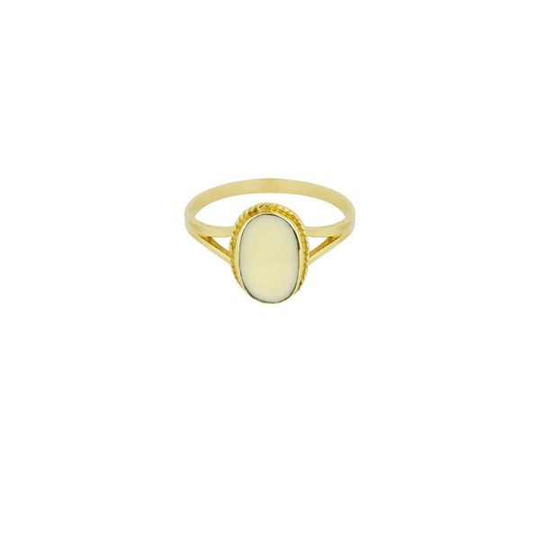 Flawed Oval Souvenir Ring Ivory