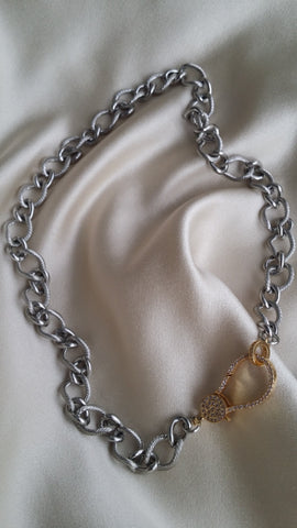 The Twisted Cable Chain with Contrasting Clasp