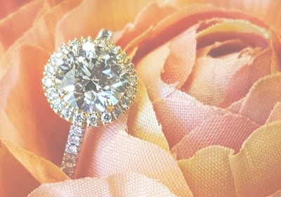 TOP 10 DON'TS WHEN BUYING AN ENGAGEMENT RING