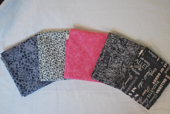 5 Half Yards Bundle pack #1050 Grey and Pink