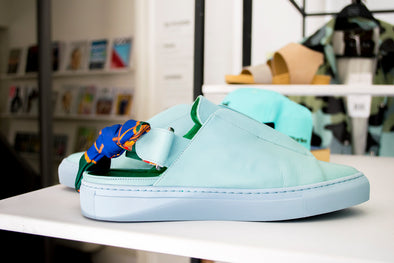 Lutreet, mood-matching sneakers