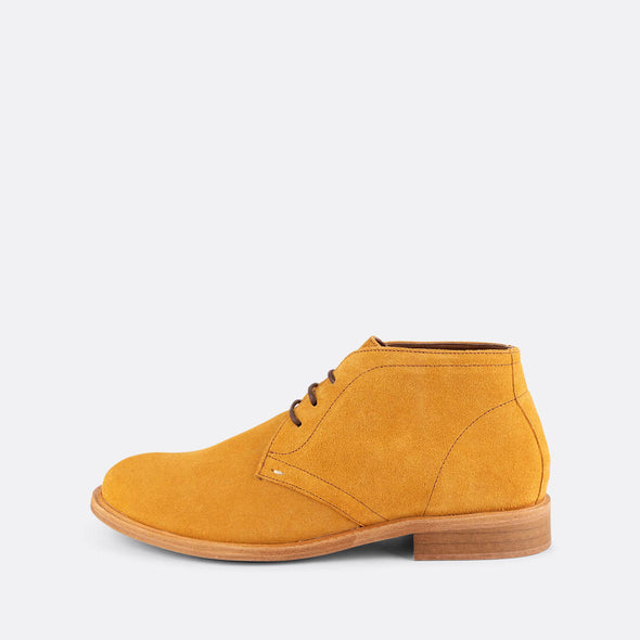 Pierce Chukka Boots
