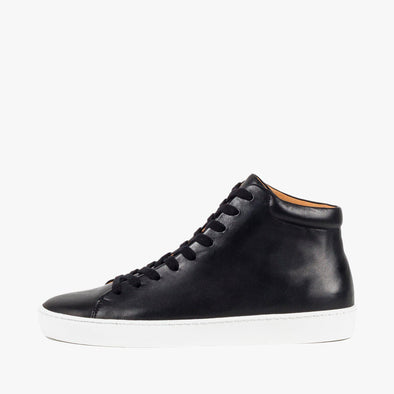 High top lace-up sneakers in black leather with white rubber sole