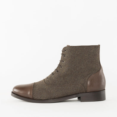 Vintage slim lace-up boots in brown mesh textile with leather cap toe and heel tab