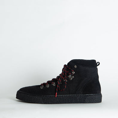 Black hight top sneakers in suede and felt.