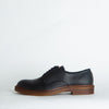 Derby shoes in black leather.