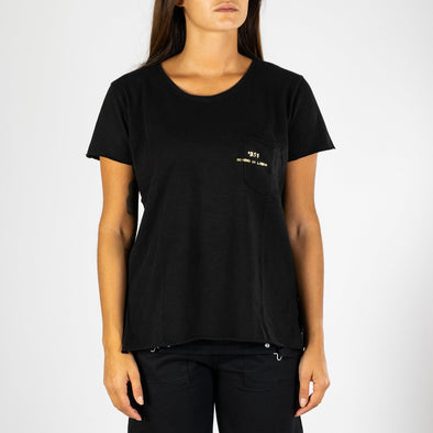 Women's black t-shirt with short sleeves, round neck and '+351 small pocket on the front.
