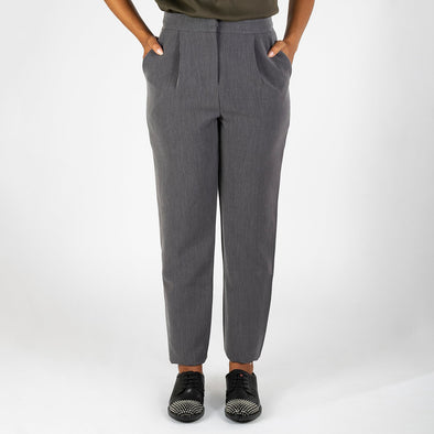 Grey straight pants with two side pockets, a zip and an invisible button.