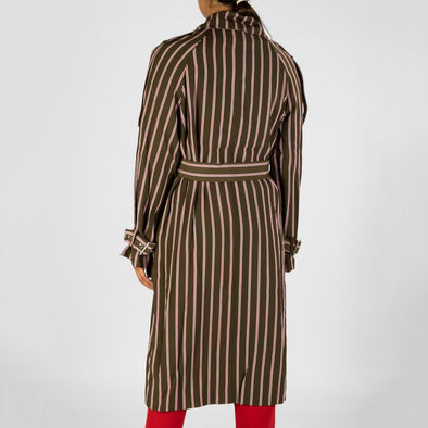 Oversized trench coat to be worn very loose and relaxed.