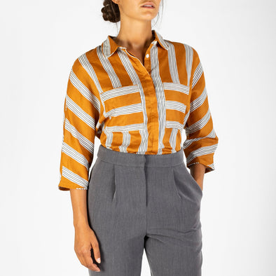 3/4 sleeved striped shirt with and two front pockets.