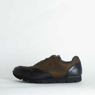 Classic-style runners in paneled brown suede and mesh and black leather.