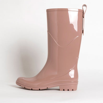 Rainboots in rose non-toxic PVC.