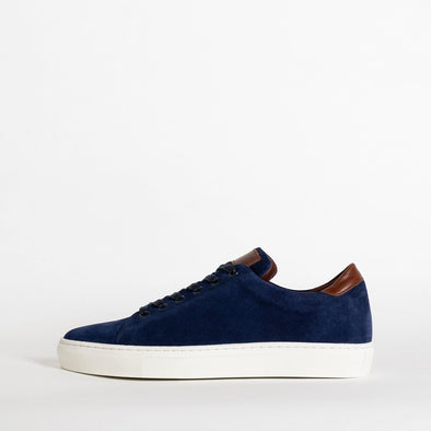 Low top sneakers in blue suede.