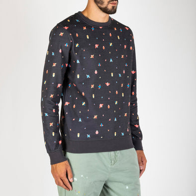 A fun full-print sweatshirt designed exclusively by María Diamantes and her iconic astronauts.