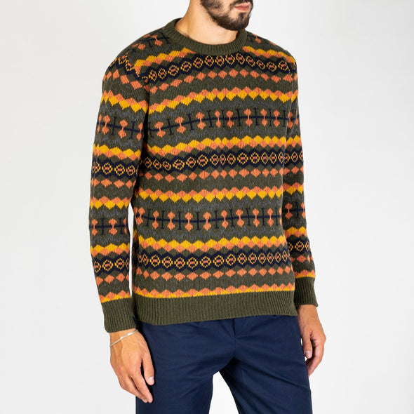 A classic crewneck fair isle pullover, featuring contrast ribbed cuffs, neck and hem.