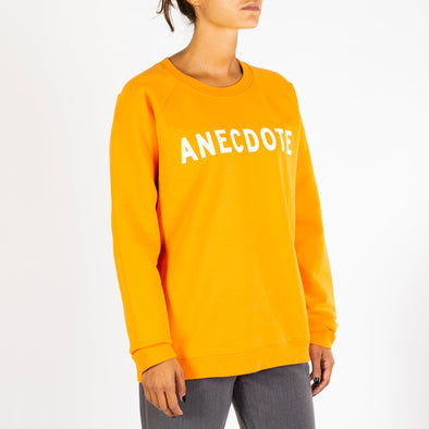 Iconic logo sweatshirt in bright orange.