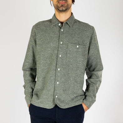 Green shirt in portuguese soft flannel.