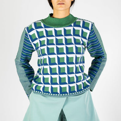 Regular fit jacquard sweater with cube pattern in blue, green and white.