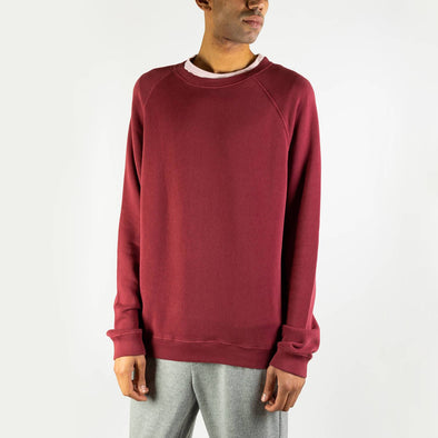 Long-sleeved sweatshirt in vintage red cotton.