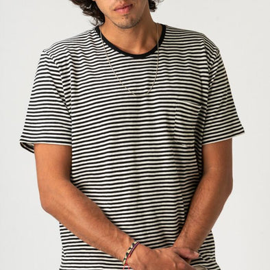 Round neck t-shirt with black and white horizontal stripes.