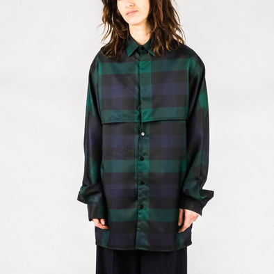 Regular fit loose shirt in blue, black and green.