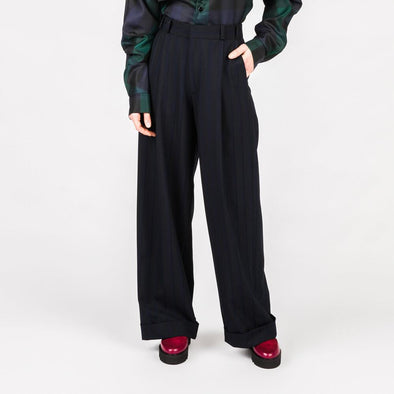Regular fit wide leg trousers.