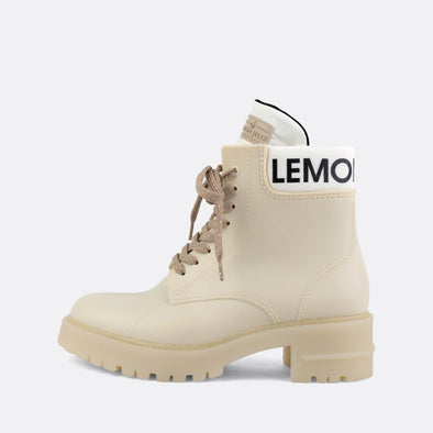 100% animal friendly white military rain boots with matte finishing.