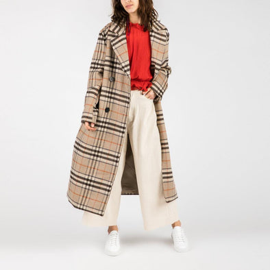 Wool mix coat with an all over beige check.
