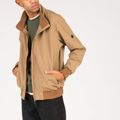 Casual light brown jacket with inner beathable mesh.