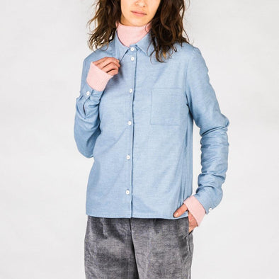 Light blue regular fit long-sleeved shirt made from a blend of cotton and cashmere.