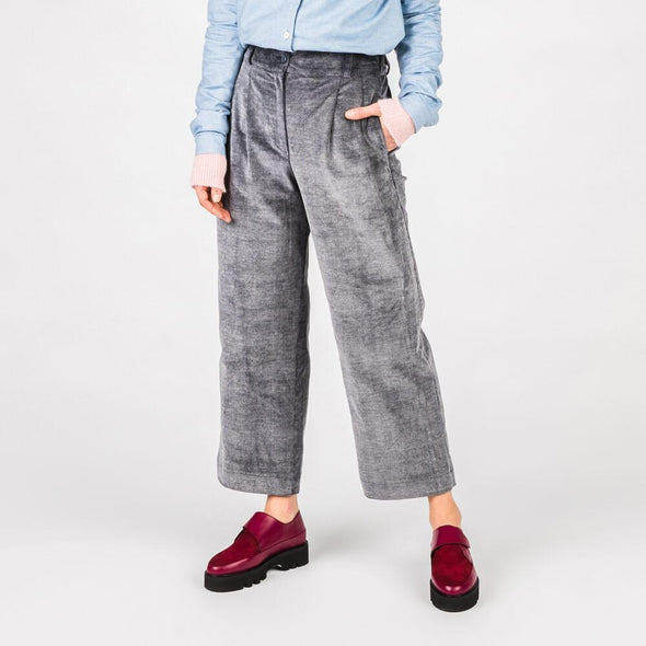 Blue high waisted culottes with wide leg.