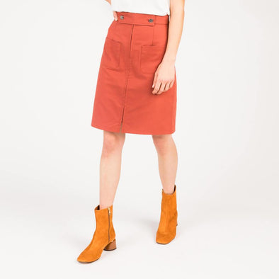 Rust high waisted skirt in micro-sanded cotton twill.
