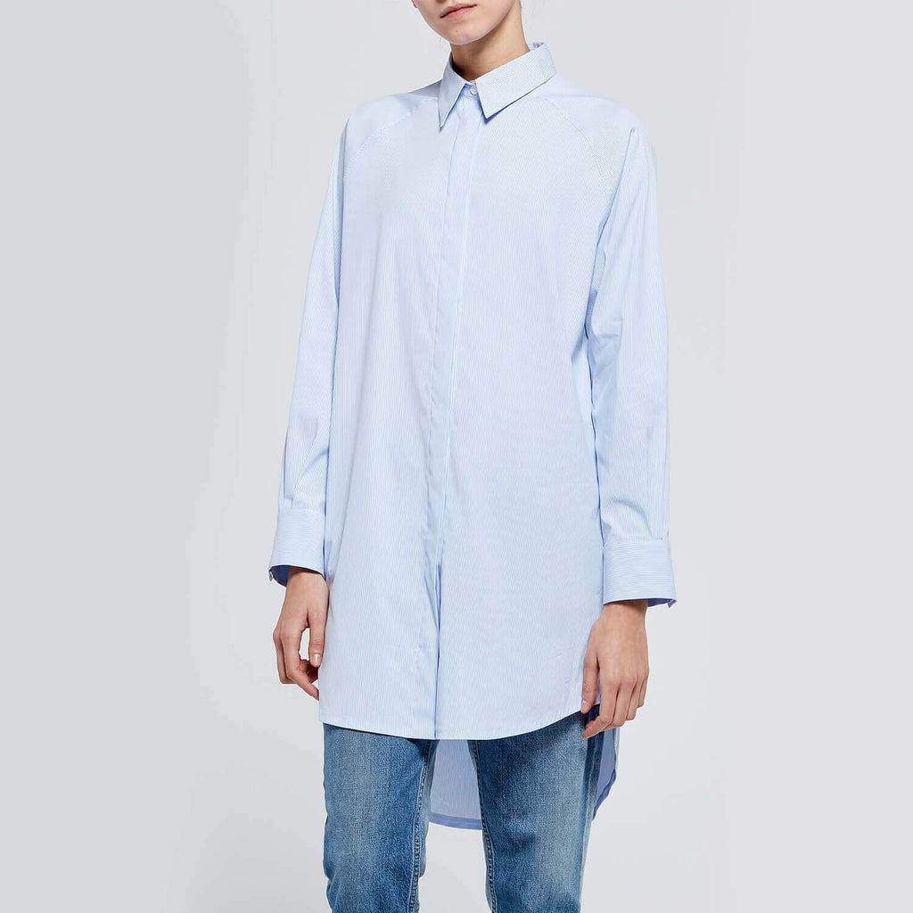 Versatile essential light blue overshirt with a soft-touch feel.