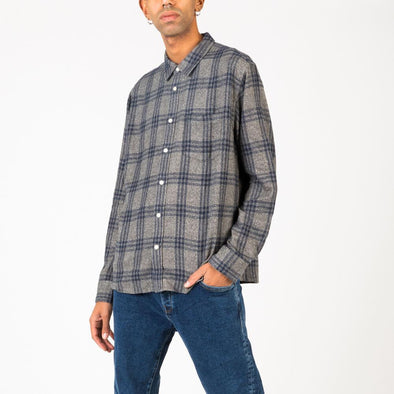 Soft and warm vintage grey check flannel.