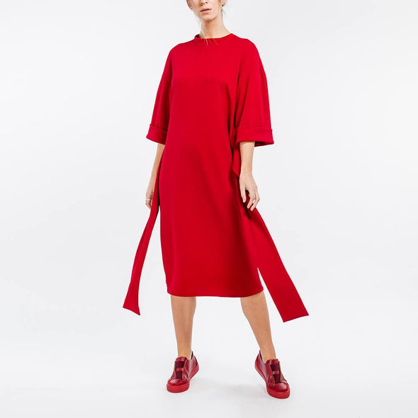 Red straight midi dress with two straps to tie at the waist.