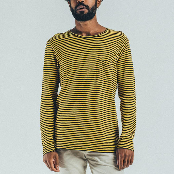 Longsleeve with stripes and chest pocket.