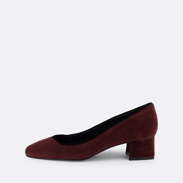 Bordeaux suede pumps with contrasting trim design and round square toe.