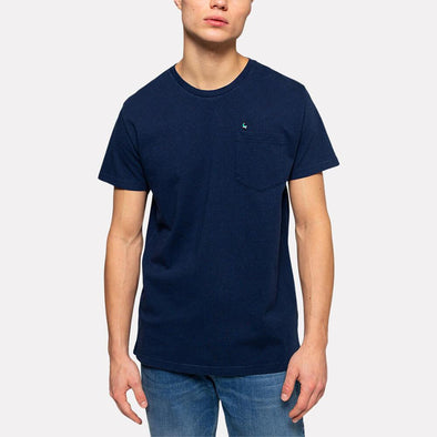 Navy blue regular fit t-shirt with a chest pocket and embroidery.