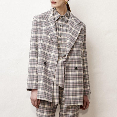 Minimalist oversized cotton blazer in grey plaid.