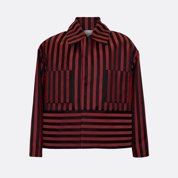 Oversize black and red stripped jacket with oversize hem and two chest pockets.