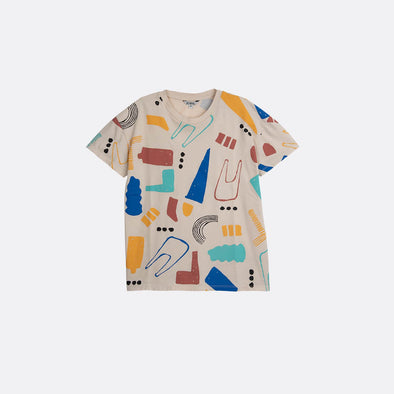 Round neck short sleeve beige T-shirt with all over print.