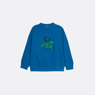 Round neck longsleeve basic blue sweatshirt with garment dye and frontal print.