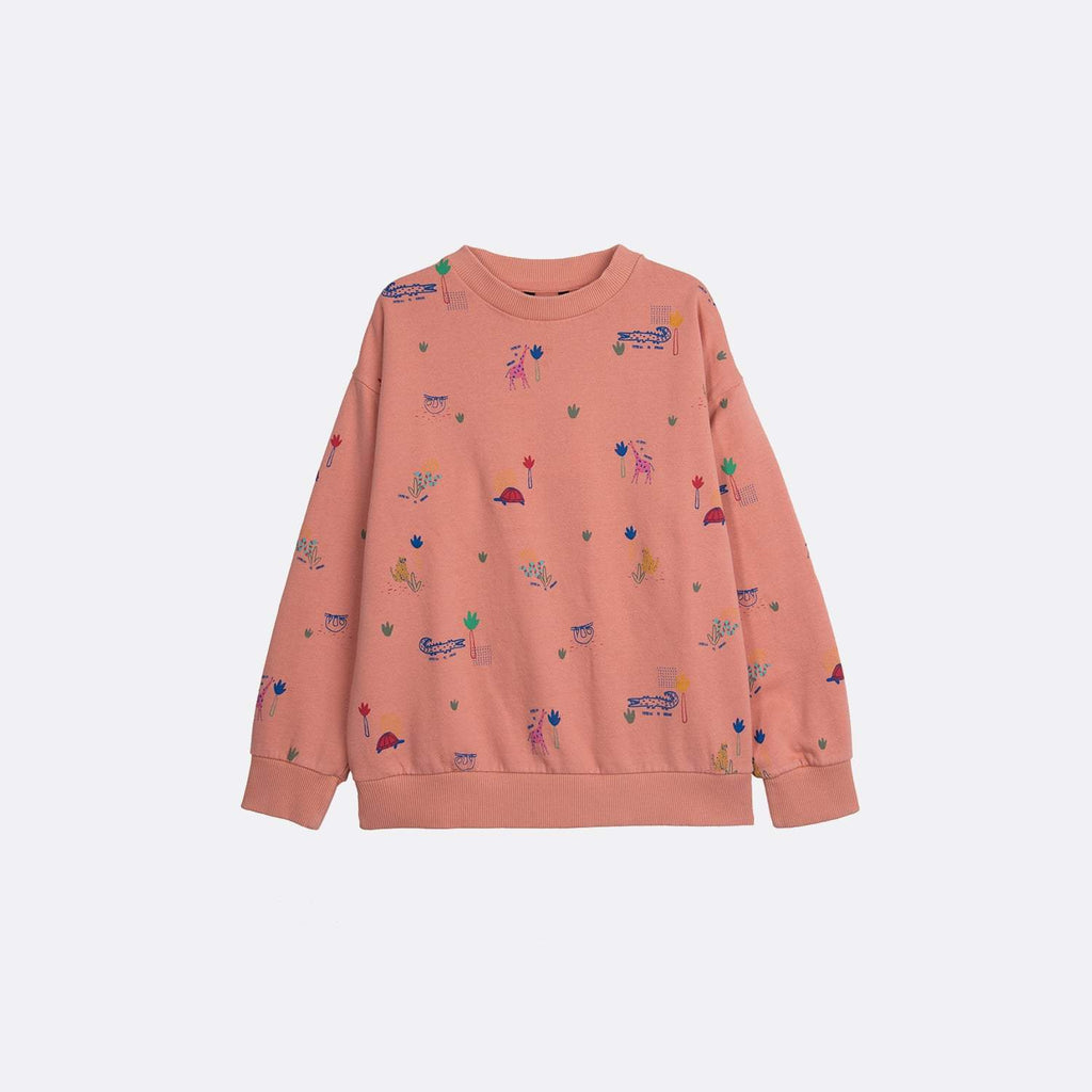 Round neck longsleeve basic pink sweatshirt with garment dye and all over print.